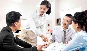 Giao tiếp tốt giúp người quản lý tới gần với nhân viên hơn